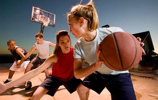 playing-basketball-kids